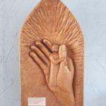 Vlak 3d gesneden figuren in merbau  ca 20cm breed, 40cm hoog Prijs indicatie € 1195